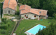 farm house in tuscany with restaurant